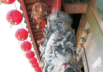 武山廟龍柱