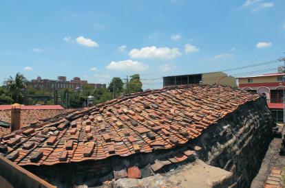 一磚一瓦,堆砌特有的居住文化。〈陳瑚琨攝〉