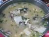草魚味增湯,百吃不厭。〈柯武村攝〉